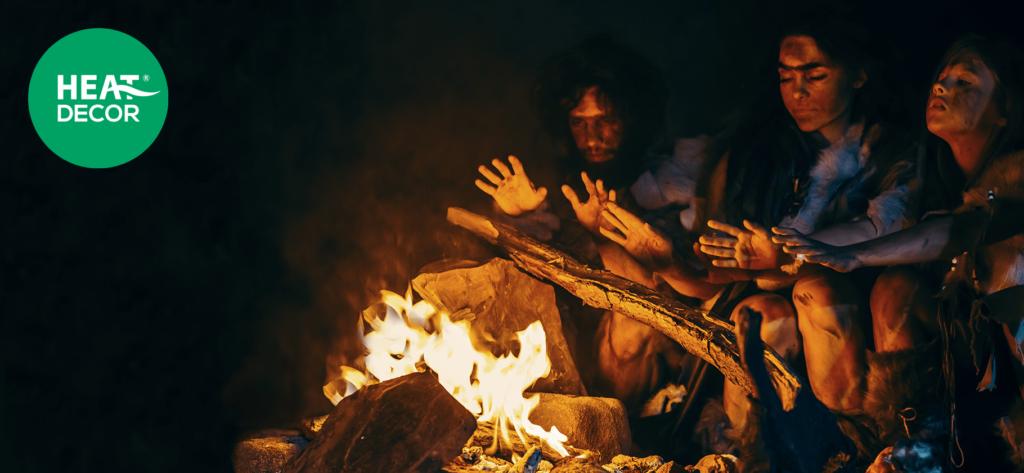 Historia ciepła - od momentu gdy nastąpiło odkrycie ognia, zapanowanie nad ogniem, pierwotna rodzina grzejąca się przy ognisku